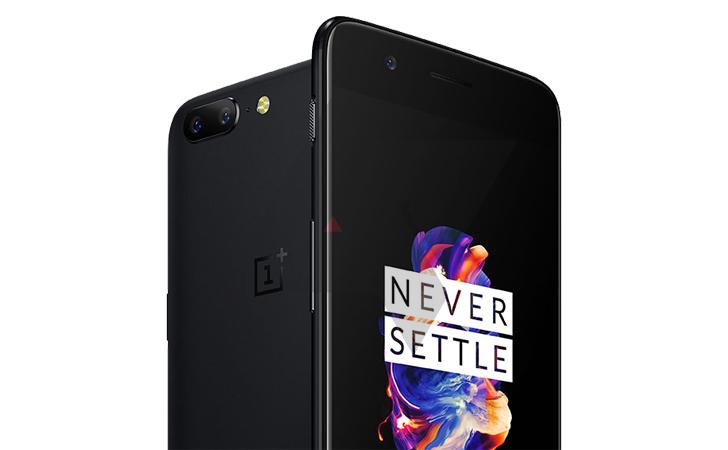 Foto real do OnePlus 5 na cor preto fosco